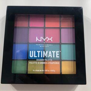 "Nyx ""ultimate"" eyeshadow palette"